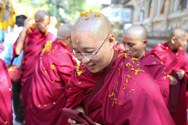 Haciendo historia: Los primeros pasos para la ordenación completa de monjas tibetanas budistas.