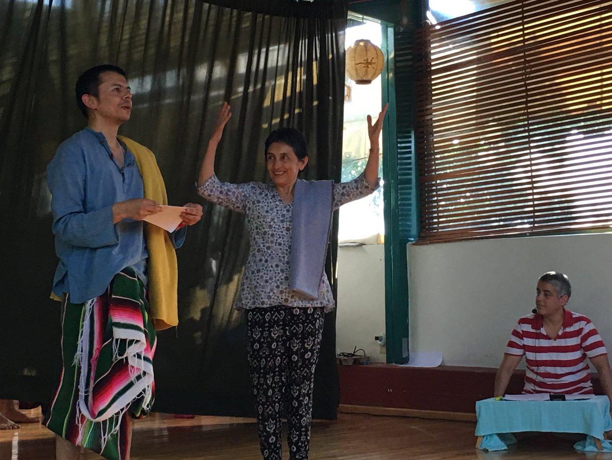 Glorioso fin del retiro con la representación de la vida de Milarepa